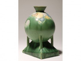 Futura Roseville Art Pottery Balloon Vase