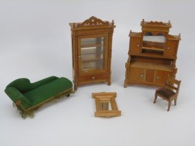 Antique German Schneegass Dollhouse Furniture