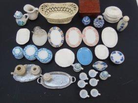 Vintage & Antique Dollhouse Miniature Items