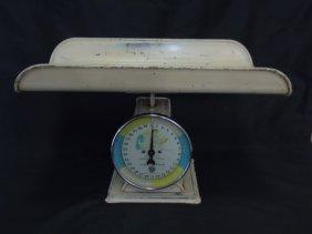 Vintage Paragon Baby Scale