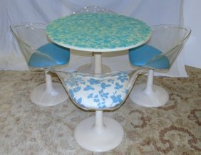 Mid Century Modern Round Dining Table & Chairs