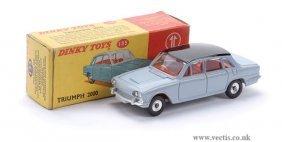 Dinky No.135 Triumph 2000