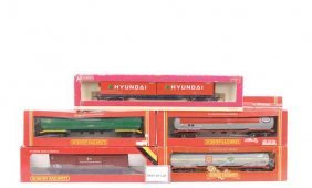 OO Gauge - A Group Of Goods Rolling Stock
