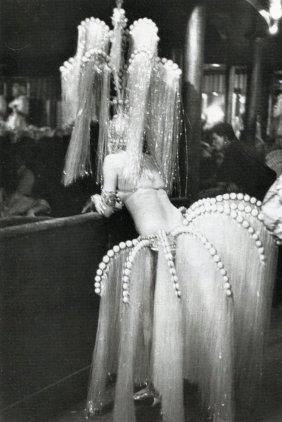 Boubat, Edouard - Folies-bergere Paris, 1962