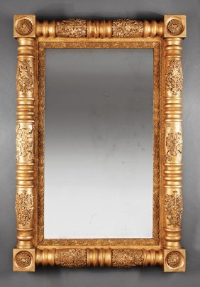American Classical Carved And Gilded Mirror