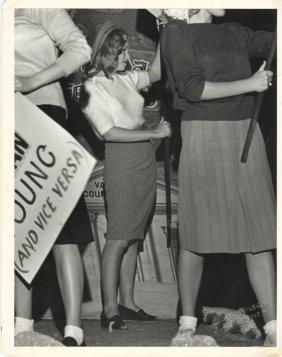 Joseph Jasgur: Marilyn Monroe In Protest.