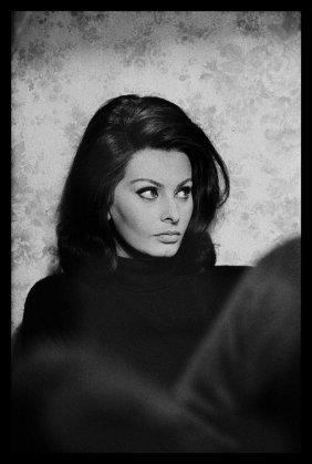 Ray Bellisario: Sophia Loren On Set Of Operation Crossb
