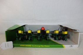 John Deere Max Emerge 6 Row Planter