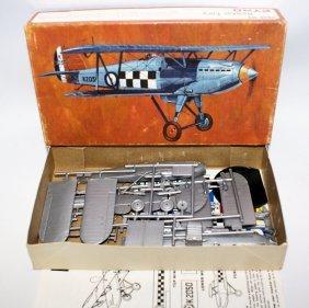 Pyro 1:48 P-608 Hawker Fury R.a.f. Inceceptor Biplane