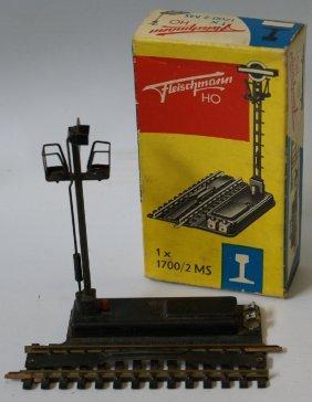Fleischmann Ho #1700 Electric Uncoupling Train Track