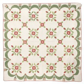 Early Applique Cabbage Rose Quilt
