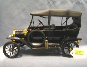 Antique Style All Cast Metal Ford Touring Car