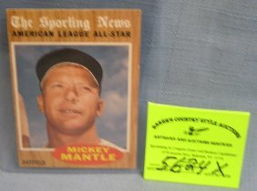 Vintage Topps Mickey Mantle Baseball Card