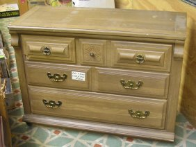 Oak 4 Drawer Chest Of Drawers