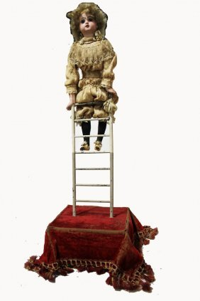 Clown On Ladder Automaton