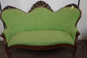 19th Century American Victorian Carved Walnut Loveseat