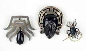 An Obsidian And Mexican Sterling Silver Brooch.