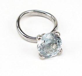 A Gavello Aquamarine And 18 Karat White Gold Ring.