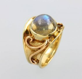 14 Kt Gold Ring With Labradorite