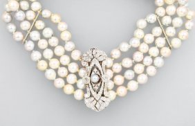 4-row Pearl Necklace With Diamonds From Royal Property