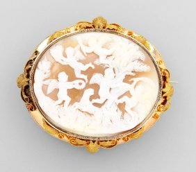 14 Kt Gold Brooch With Cameo