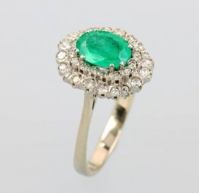 18 Kt Gold Ring With Emerald And Diamonds,