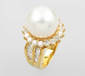18 Kt Gold Ring With Cultured South Seas Pearland