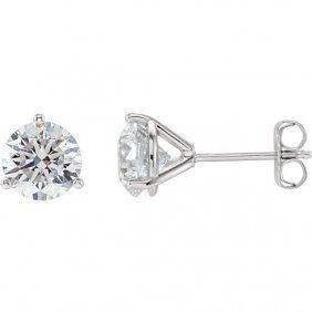 14kt White 1 1/2 Ctw Diamond Stud Earrings