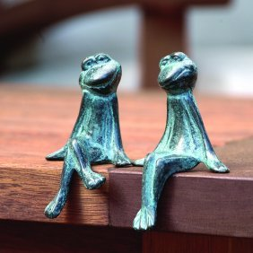 Courting Frogs
