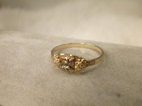 Gorgeous 10kt Black Hills Gold Ring 7