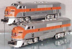 LIONEL 2345 WESTERN PACIFIC F3 AA DIESELS