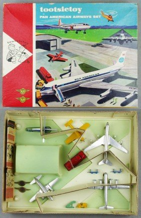 TOOTSIETOY 4310 PAN AMERICAN AIRWAYS SET