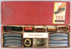 TRIX TRAIN SET