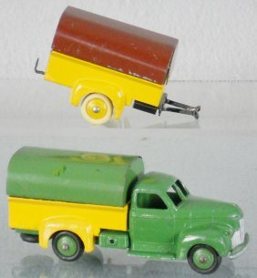 DINKY STUDEBAKER COVERED TRUCK & TRAILER
