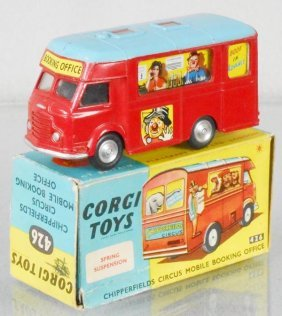 Corgi 426 Chipperfield Mobile Booking Office