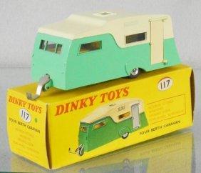 Dinky 117 Caravan
