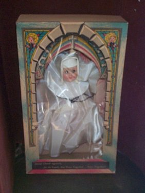 1954 Nun Doll # 1400 In Decorative Cathedral Box