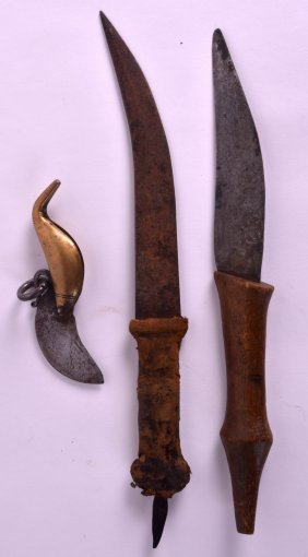 An Early 20th Century African Carved Wood And Steel