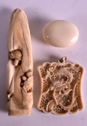 An Early 20th Century Chinese Canton Pierced Ivory