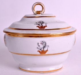 An 18th Century English Porcelain Sucrier And Cover