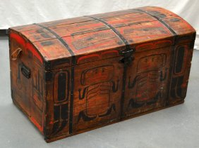 An Early 20th Century North American 'navaho' Trunk