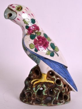 A 19th Century Samsons Of Paris Famille Rose Parrot In