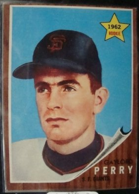 1962 Topps #199 Gaylord Perry Rookie Card