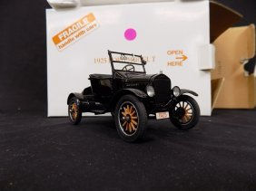 Danbury Mint 1925 Ford Model T 1:24 Scale Diecast
