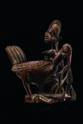 "Kneeling Female Figure ""olúmèye"" With Bowl In Shape Of"