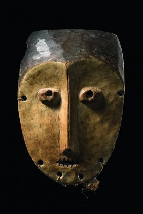 "Mask ""lukwakongo"" - D. R. Congo, Lega"