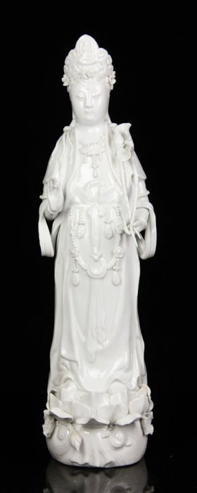 Blanc-de-chine Guanyin Figure