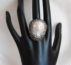 Natural Mabe Pearl Ring 8.36ct 18k W/g Overlay