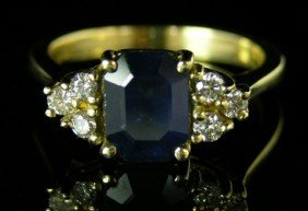 Lady's 14K Yellow Gold Dinner Ring , With A One Ca