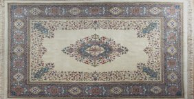 Indian Wool Oriental Carpet, 8' 7 X 12'.